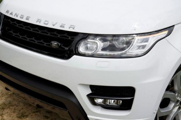 2014-Range-Rover-Sport-headlamp