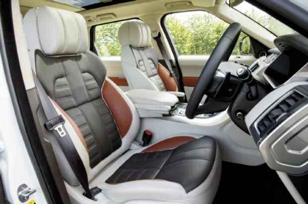 2014-Range-Rover-Sport-interior