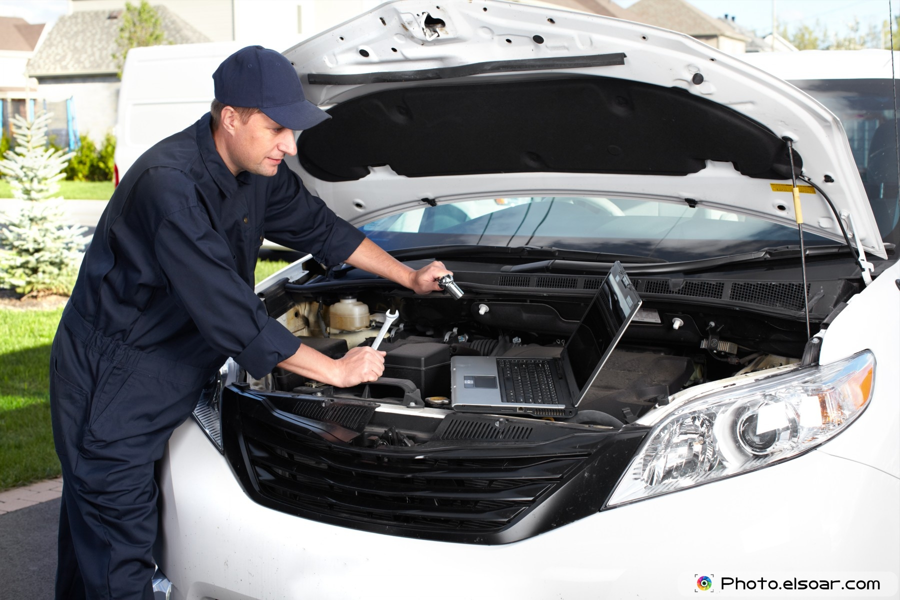 Services stations auto repair tire wheel installation Auto motor repair