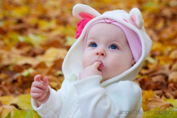 Cute and Lovely Baby Pictures 27