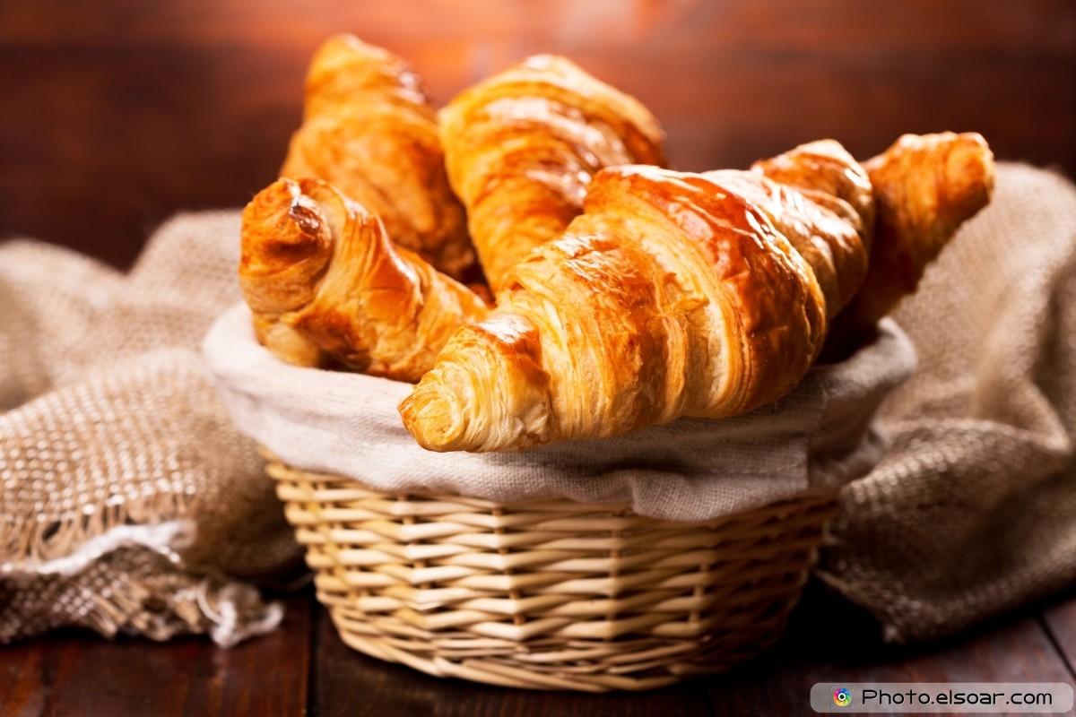 Fresh-Croissants-Over-Basket