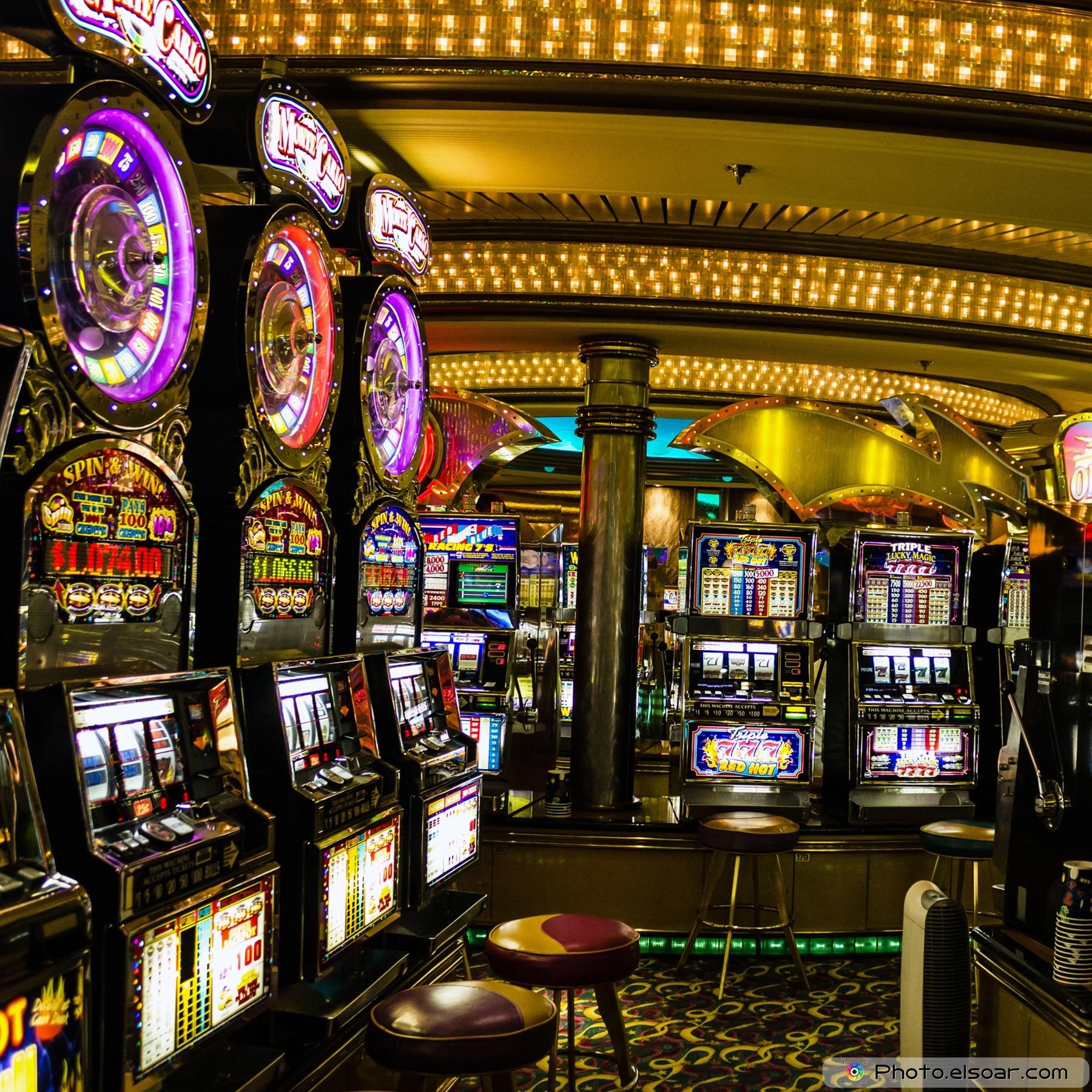 Casino hq jimmy eat world big casino mp3