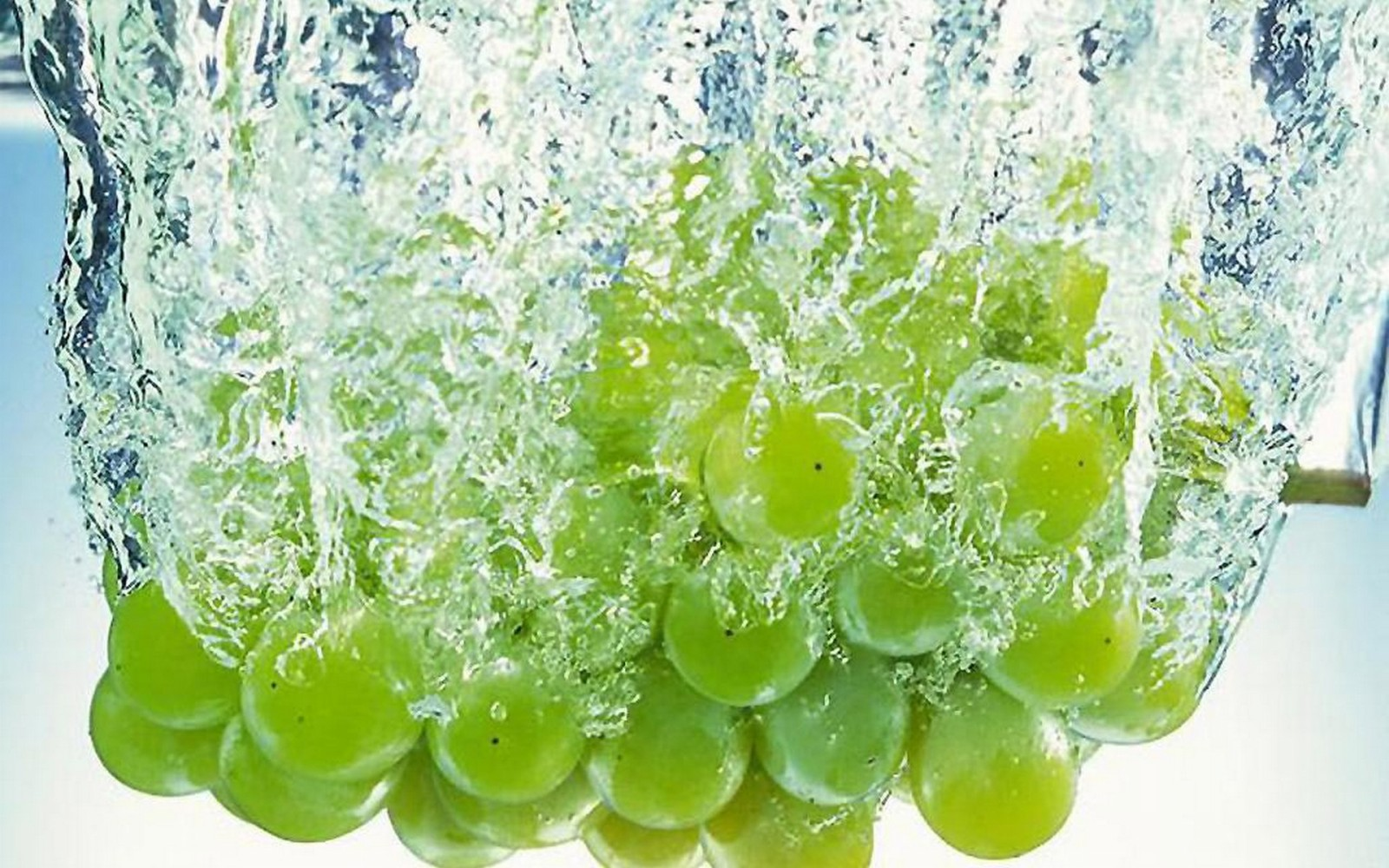 Beautiful fruits wallpapers - Grapes Fruit Photo 9