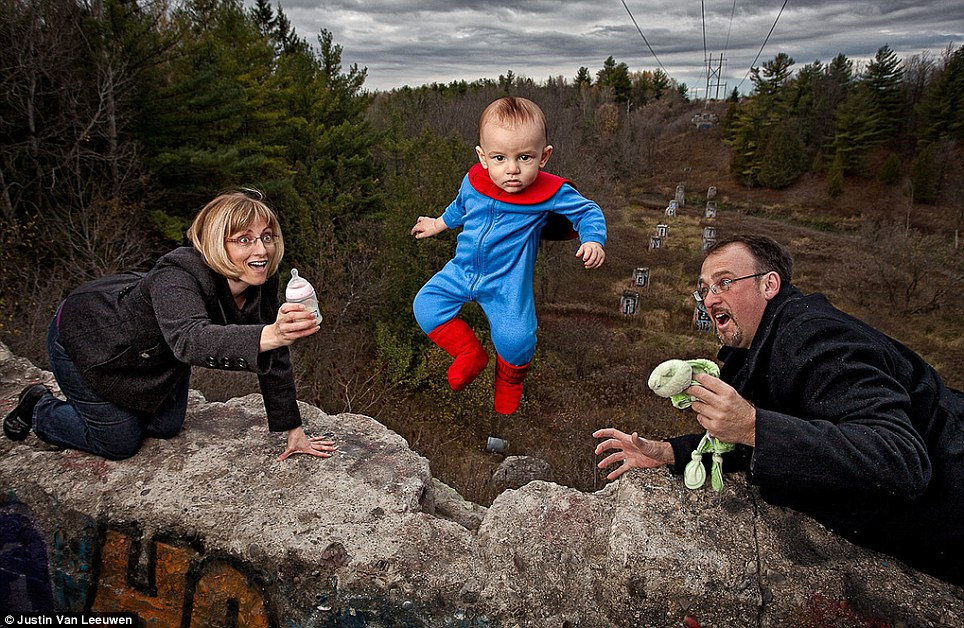 Hilarious Family Photographs by Justin Van Leeuwen 5 Hilarious Family Photographs by Justin Van Leeuwen