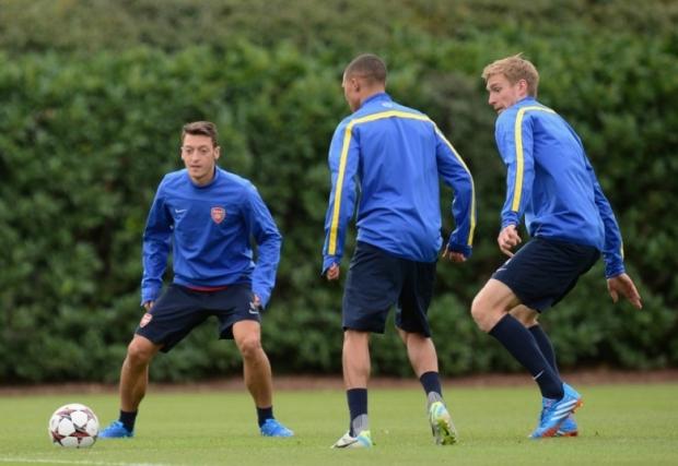 Mesut Ozil Arsenal Photo 3
