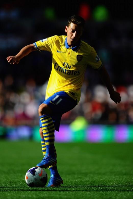 Mesut Ozil Arsenal Photo 5