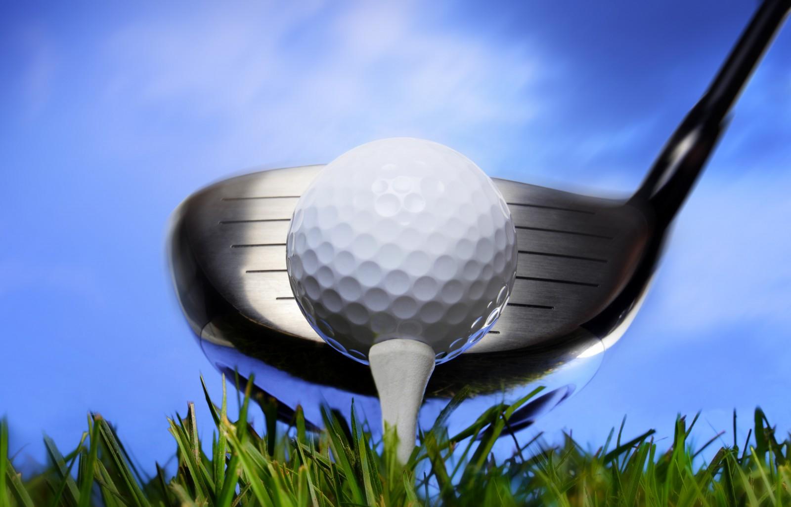 golf balls on tee for sport fans u2022 elsoar