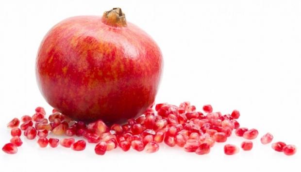 Pomegranate Fruit Photo 13