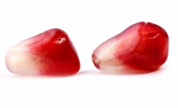 Pomegranate Fruit Photo 19