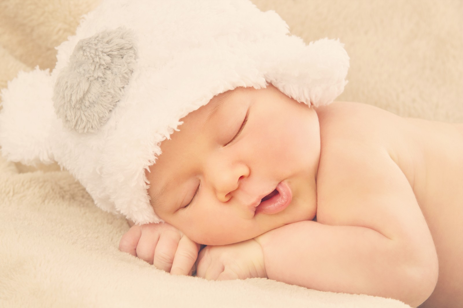 Cute Babies Sleeping Images: Sleeping Newborn Baby, Photos Of Your Dreams