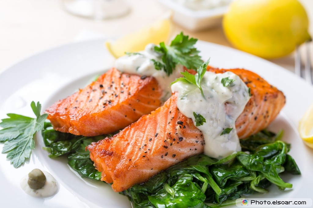 Spinach With Grilled Salmon Steak