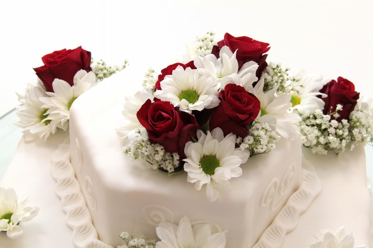 Cozy Wedding Cake Ingredients Pictures Designs   Dievoon