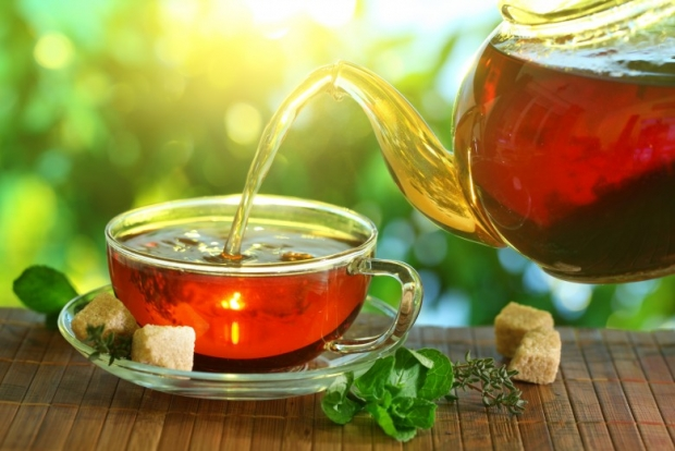 tea cup with tea 1